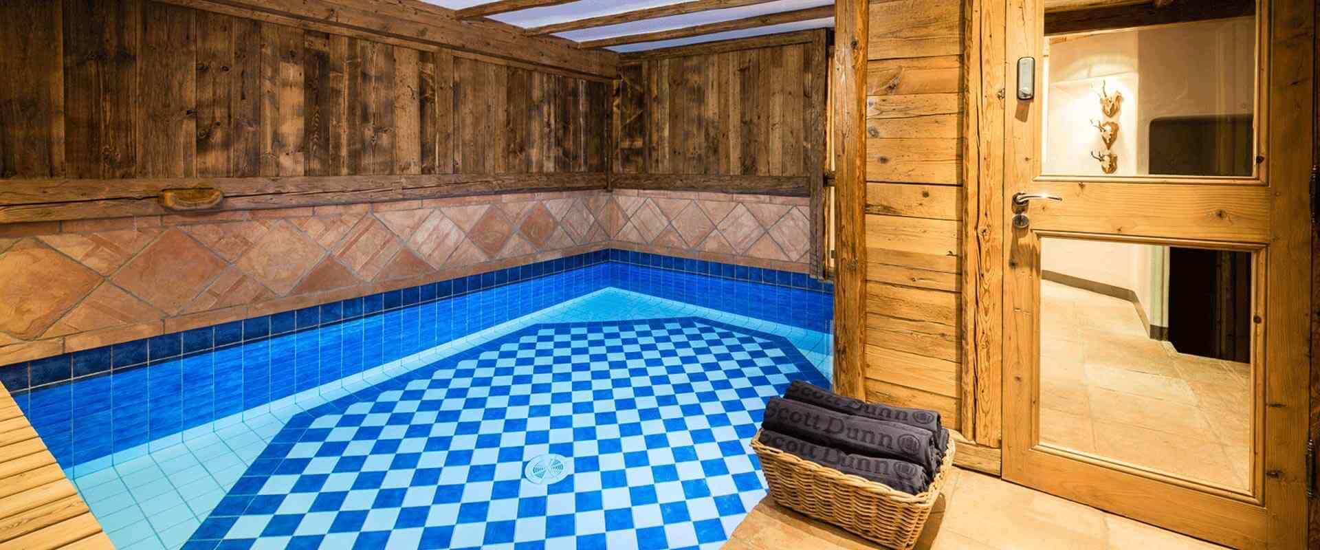 Louer le chalet alice val d 39 is re les chalets covarel for Piscine val d isere