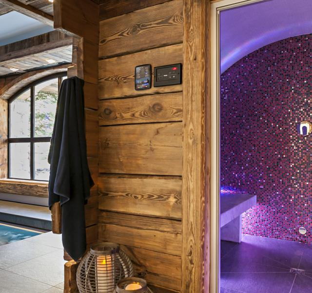 Chalet Papillon, a chalet with exceptional modern conveniences in Val d'Isère